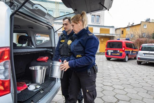 Minister spraw wewnętrznych i administracji w swoim rozporządzeniu dał strażnikom miejskim prawo nakładania mandatów w przypadku trzech dodatkowych wykroczeń.
