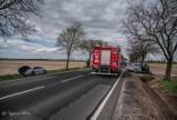 Zderzenie trzech pojazdów osobowych na trasie Wałków-Koźmin Wlkp. [ZDJĘCIA]