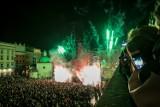 WOŚP 2018. Kraków wysłał światełko do nieba. Na Rynku wystąpiły Elektryczne Gitary i Enej! [ZDJĘCIA]