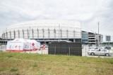 W Poznaniu będą szczepić na stadionie? Wśród propozycji nowych punktów szczepień w Wielkopolsce są też liceum i dom kultury