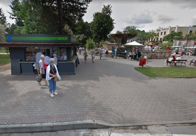 Przyłapani przez Google Street View w Ciechocinku