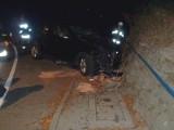 Wypadek Piwniczna Zdrój. Mercedes uderzył w mur [ZDJĘCIA]
