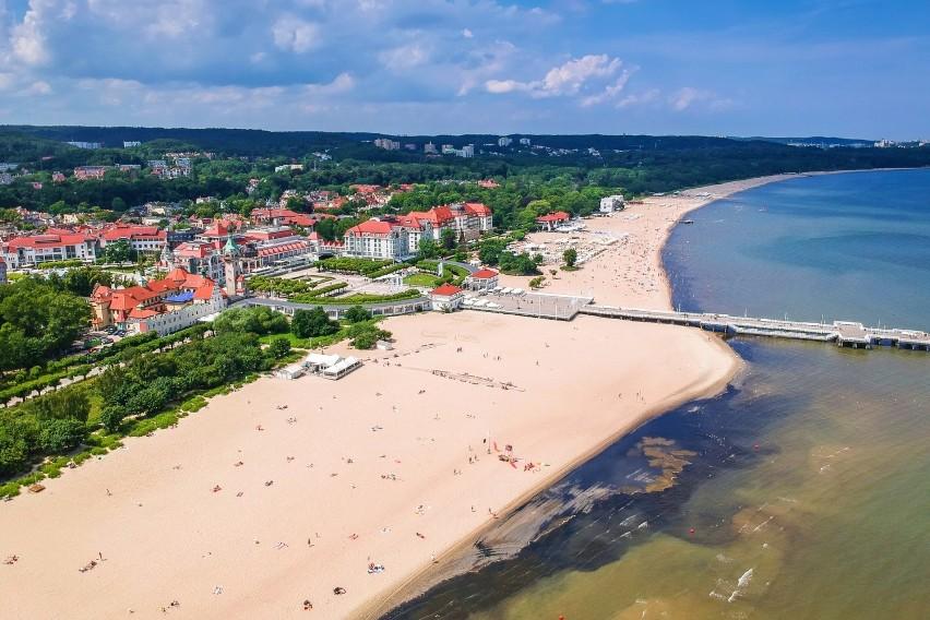 Wakacje w Polsce drogie jak nigdy! Co kupisz za 100 zł nad polskim morzem, a co w Grecji? Można się zdziwić