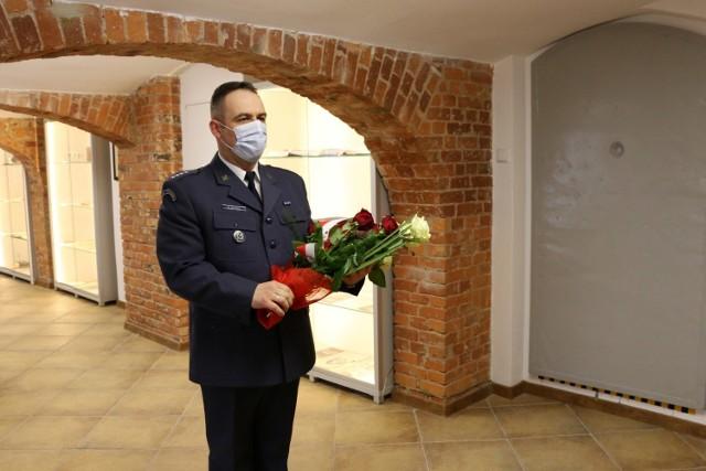 Upamiętniono osoby pomordowane w Katyniu, które służbę pełniły w Zakładzie Karnym we Wronkach