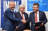 Umowa na budowę spalarni odpadów w Krośnie podpisana. Inwestycja pochłonie ponad 135 milionów złotych [ZDJĘCIA, WIZUALIZACJE]