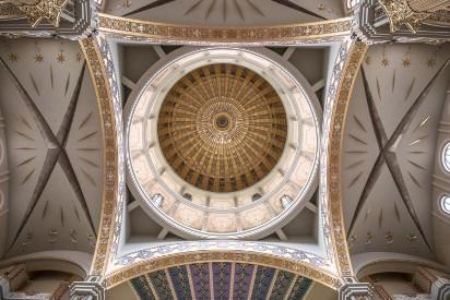 Bazylika w Licheniu: Zobacz zdjęcia z największego kościoła w Polsce. Magiczne miejsce i cel pielgrzymek czy szczyt kiczu?