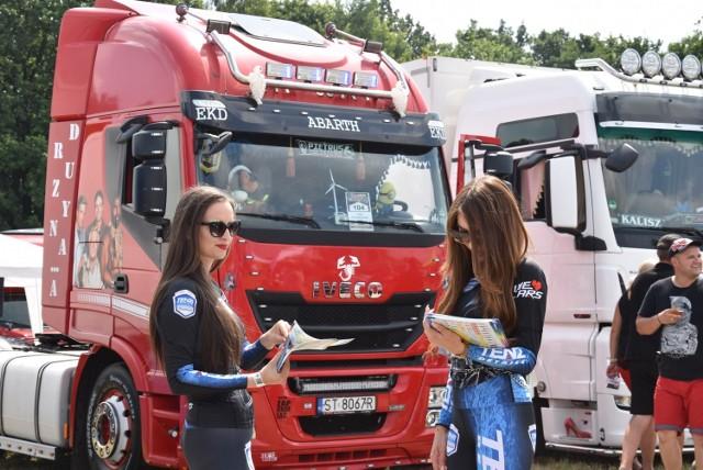 Większość ciężarówek, które przyjechały na zlot pod Opole to dzieła sztuki.