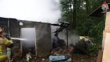 Jastrzębie-Zdrój: spłonęła altana przy Podhalańskiej. Zobaczcie zdjęcia