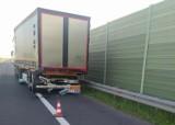 Tragiczny wypadek pod Grójcem. Zginęła pasażerka volkswagena, kierowca trafil do szpitala