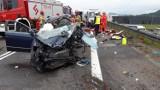 Tragiczny wypadek na S1 w Wieprzu. Czołowe zderzenie osobówki z ciężarówką. Zginął 38-latek