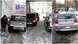 Mistrzowie parkowania w Słupsku w zaspach i roztopach [ZDJĘCIA]