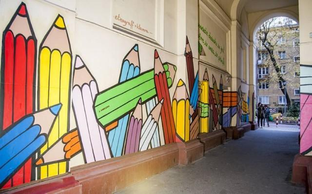Mural korczakowski na warszawskim Muranowie.