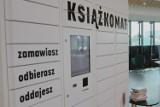 Na dworcu autobusowym w Kielcach od środy działa książkomat (WIDEO, zdjęcia)