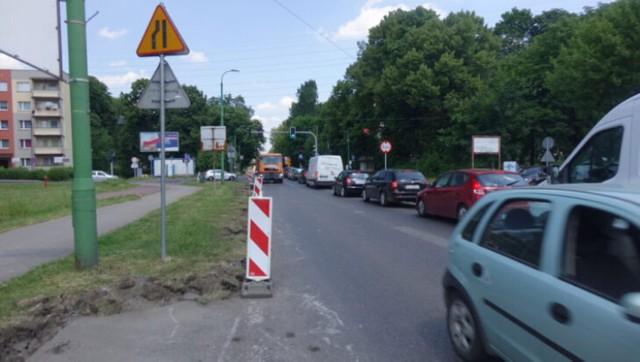 Od 19 czerwca trwa remont ulicy Katowickiej. UM sugeruje mieszkańcom, by korzystali z nowo wybudowanego 400 metrowego łącznika, który ma zastąpić odcinek, na którym wymieniana jest nawierzchnia. Jakie remonty czekają jeszcze miasto?