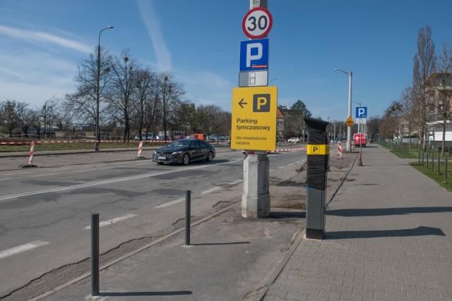 Coraz więcej ulic na Łazarzu jest włączonych do Strefy