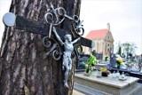 Cmentarz w Błaszkach. Spacer po nekropolii przed Wszystkimi Świętymi ZDJĘCIA