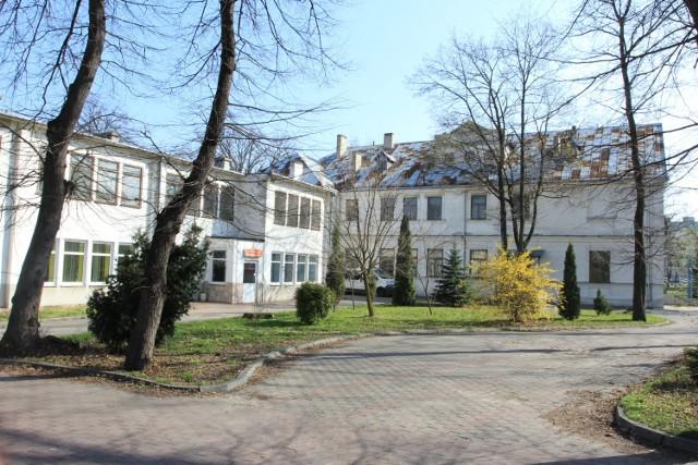 Lada dzień ruszy remont starego szpitala w Lubartowie.