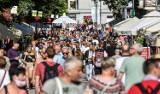 Weekend 1-2.08.2020 r. na ulicach Trójmiasta. Turyści i mieszkańcy chętnie korzystali z pogody [galeria]