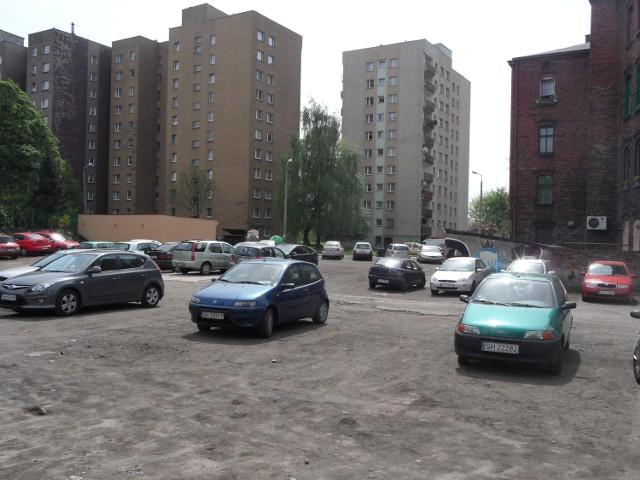 Jedną ze zwycięskich inwestycji jest budowa parkingu na rogu ulic Floriańskiej i 3-go Maja w Chorzowie II.