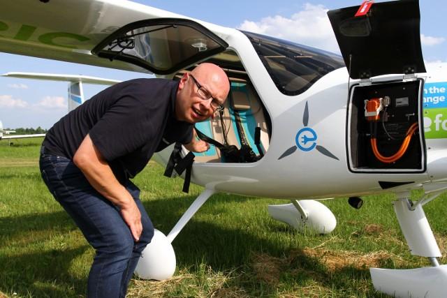 Pierwszy seryjnie produkowany samolot elektryczny wylądował w Piotrkowie
