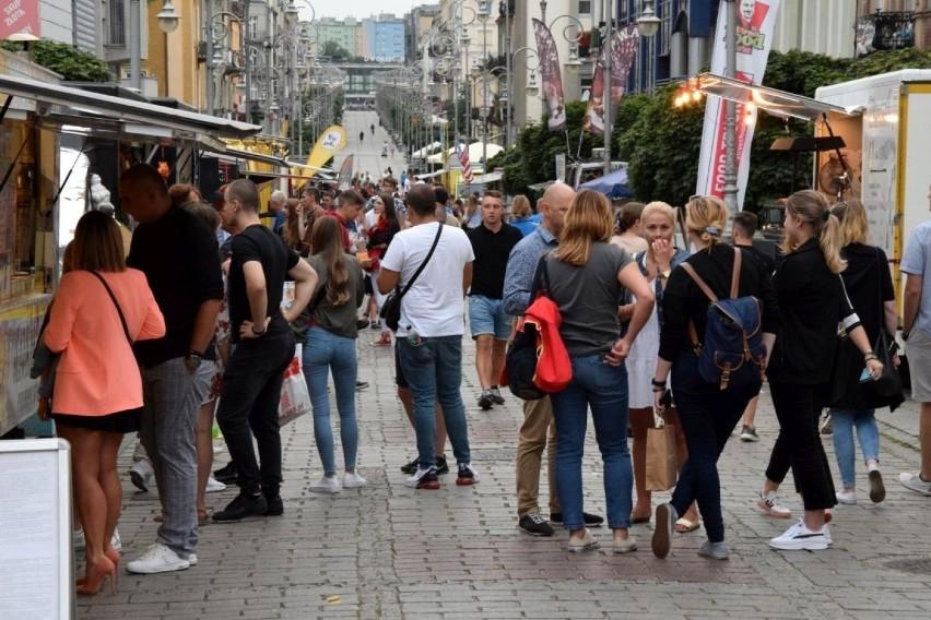 W piątek, 23 lipca ruszył w Kielcach Street Food Polska...