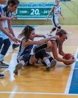 Koszykarki ŻKK Olimpia Wodzisław wygrały z MKS MOS Katowice. To był koszykarski thriller!