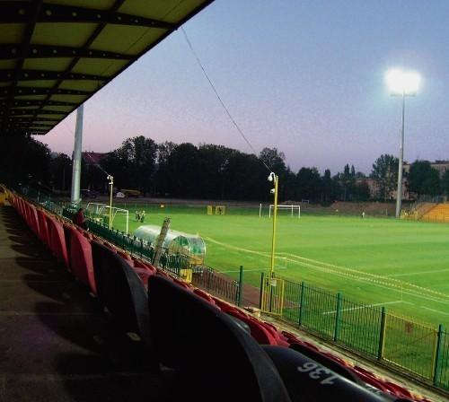 Stadion Miejski w Bielsku-Białej od roku ma oświetlenie.