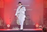 Rewelacyjna gala finałowa Radom Fashion Show 2021 na radomskim deptaku. Najlepsi projektanci mody pokazali piękne kolekcje  - zobacz zdjęcia