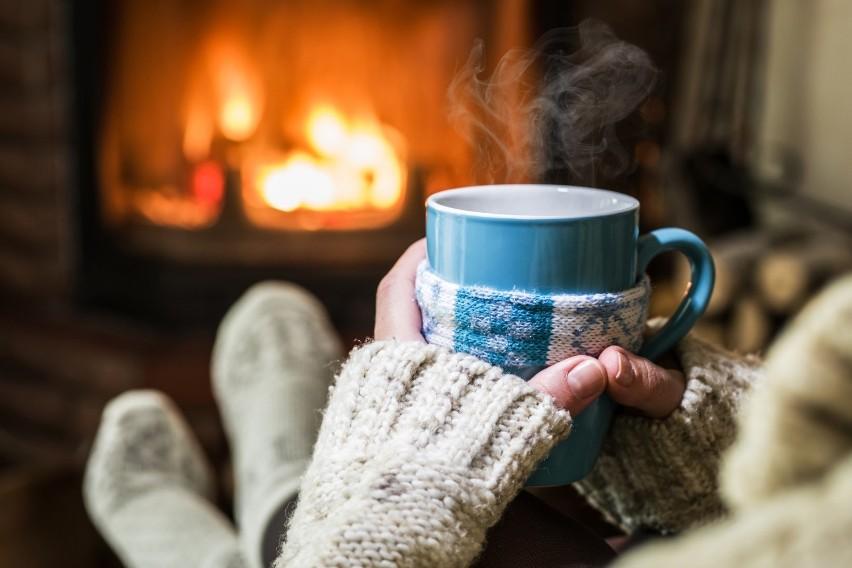 Co pić, gdy za oknem mróz? Zdrowe i pyszne napoje na zimowe wieczory