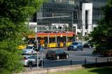 Warszawa. Tramwaje znikają z centrum miasta. Zawieszono funkcjonowanie 18 przystanków. Ogromne utrudnienia dla pasażerów