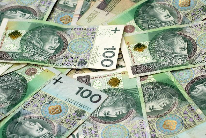 Wiemy już, kto w Polsce zarabia najwięcej! Oto wyniki...