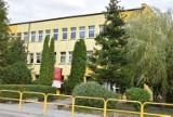 Atak nożownika przy Zespole Szkół Ponadpodstawowych w Sępólnie Krajeńskim. Ranny 16-latek