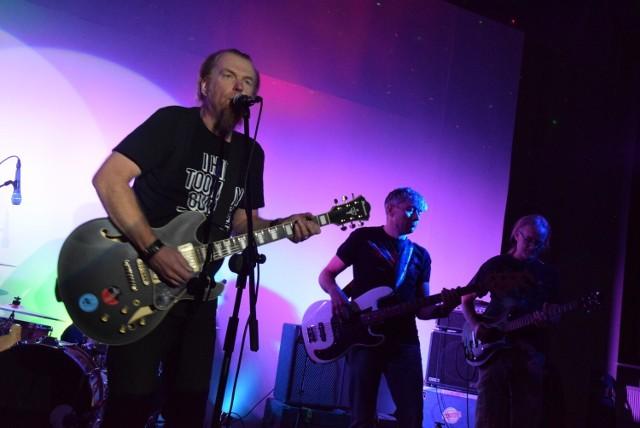Wielebny Blues Band podczas koncertu w sali dworca PKP w 2019 roku