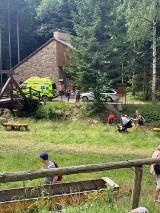Wypadek opolskiej rodziny w skansenie w Czechach. Cztery osoby ranne, w tym dwie ciężko