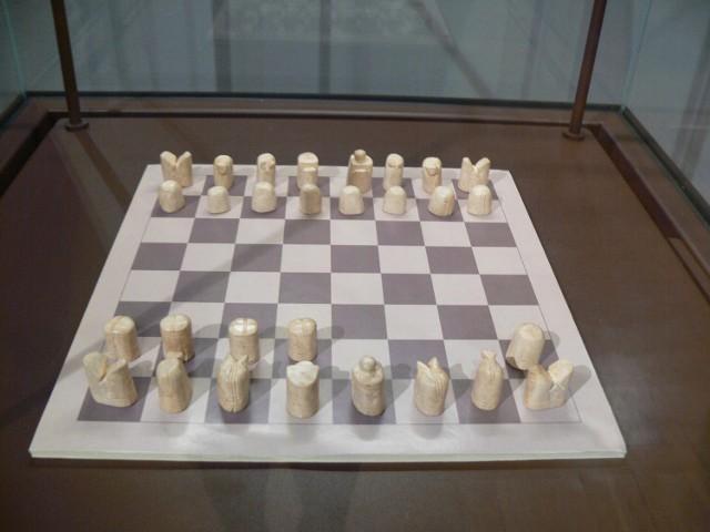 Muzealny Klub Szachowy w Muzeum Okręgowym w Sandomierzu czeka na graczy. Zobacz jak można się zapisać