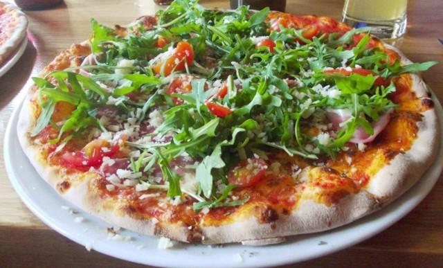 ul. Taczaka 11/2 Kuchnia: włoska, pizza, śródziemnomorska, europejska, miejsce przyjazne dla wegetarian, opcje dla wegan  Przejdź do kolejnej restauracji ------>