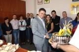 Urodziny burmistrza Wasilkowa. Zobacz, co dostał od radnych i urzędników (zdjęcia)