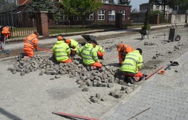 Trwa remont ulicy Koszarowej w Sulechowie. Koszt inwestycji to 2,5 mln zł