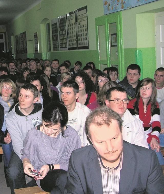 Losy szkoły w Godzianowie i jej uczniów rozstrzygną się 24 lutego