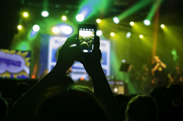 Najlepsze weekendowe imprezy w województwie świętokrzyskim. Sprawdź, co ciekawego będzie się działo w weekend w regionie. Nie zabraknie koncertów, pikników i innych wydarzeń. W tym zestawieniu każdy znajdzie coś dla siebie. To może być naprawdę udany weekend!  >>>ZOBACZ IMPREZY NA KOLEJNYCH SLAJDACH>>>>