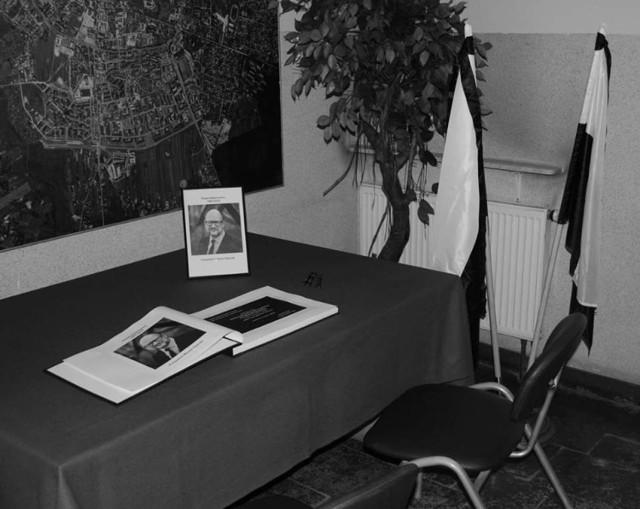 Chełm. Księga kondolencyjna ku pamięci Pawła Adamowicza - prezydenta Gdańska