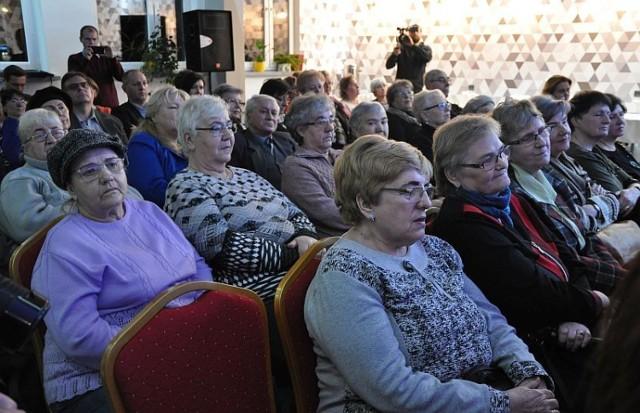 Świętochłowice: Otwarcie Salonu Literacko-Muzycznego w MBP