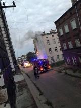 Pożar budynku mieszkalnego na Oruni w Gdańsku 30.09.2018. Nikomu nic się nie stało [wideo]