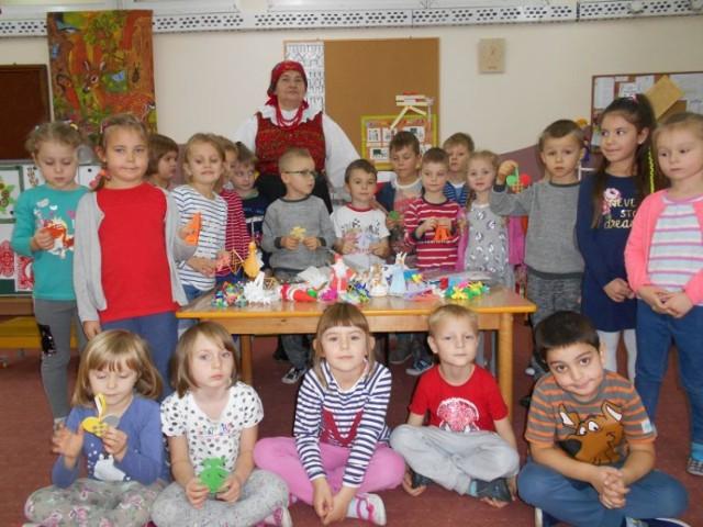 Spotkanie z folklorem w sieradzkim przedszkolu nr 6