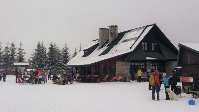 Stare Wierchy, schronisko PTTK. Styczeń 2021