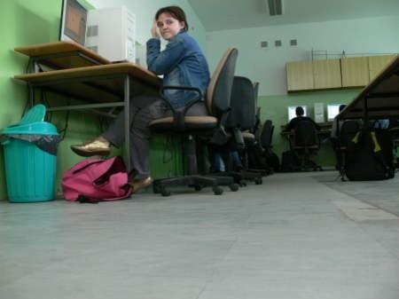 Do września tego roku z klas ZSO w Bytowie znikną trujące podłogi. Fot. Marcin Pacyno