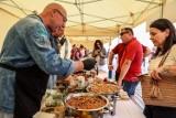 Slow Fest Sopot 2021. Skoro najdłuższe molo, to i najdłuższy stół. Spotkali się przy nim świetni kucharze i przechodnie
