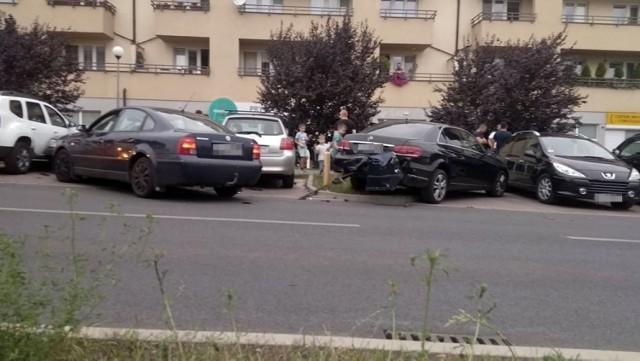 Uszkodzonych zostało pięć aut