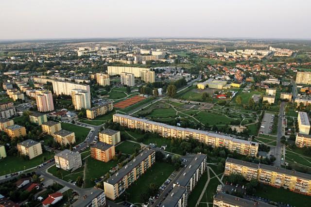 Jeśli MOSiR powstanie, będzie zarządzał w przyszłości m.in. miejskimi kortami czy lodowiskiem (widoczne na zdjęciu)