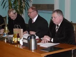 Stefan Skonieczny (w środku), przewodniczący Rady Miasta Pruszcz Gd.